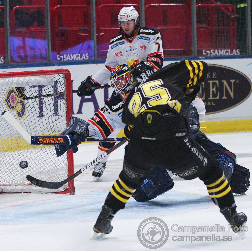 AIK wins another hockey derby - 6 of 12
