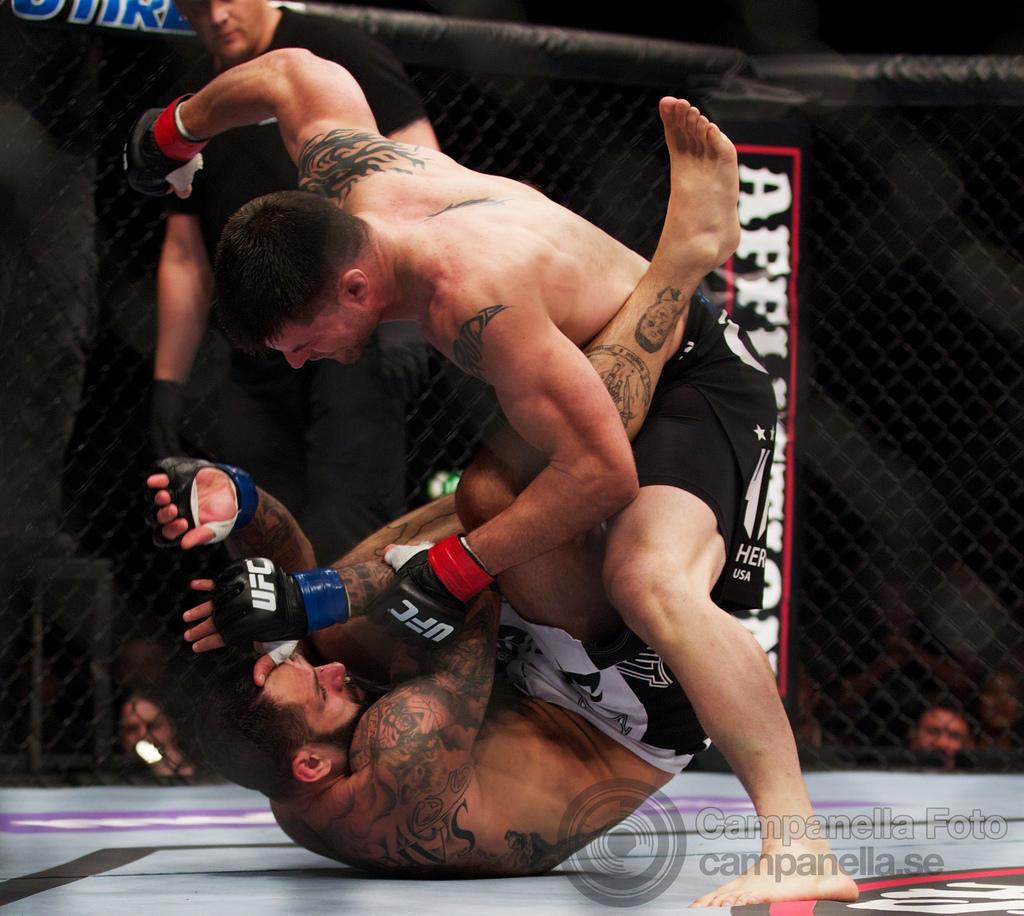 Brian Stann Vs. Alessio Sakara - UFC Fuel - Stockholm, Sweden - 4 of 6