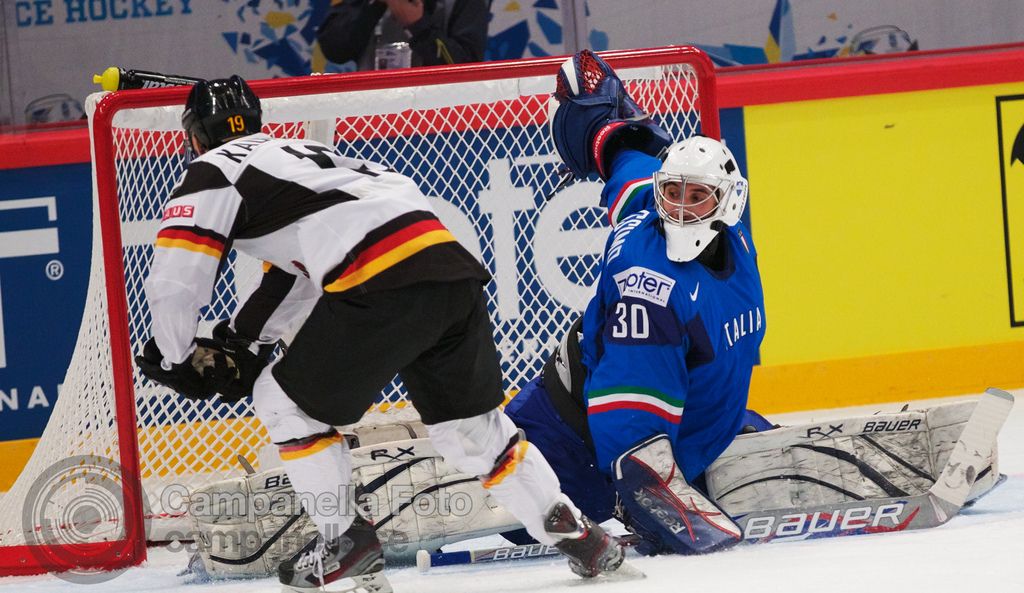 Germany Vs. Italy - 2012 Ice Hockey Word Cup - 4 of 5
