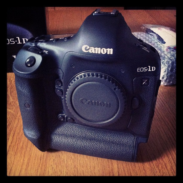 My Canon EOS-1D X finally arrives