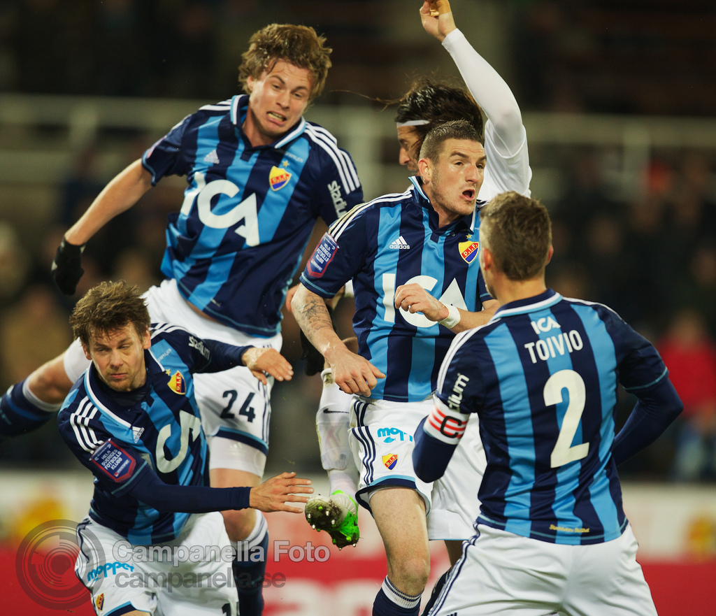 Final fall match at Stockholm Stadion - 1 of 9