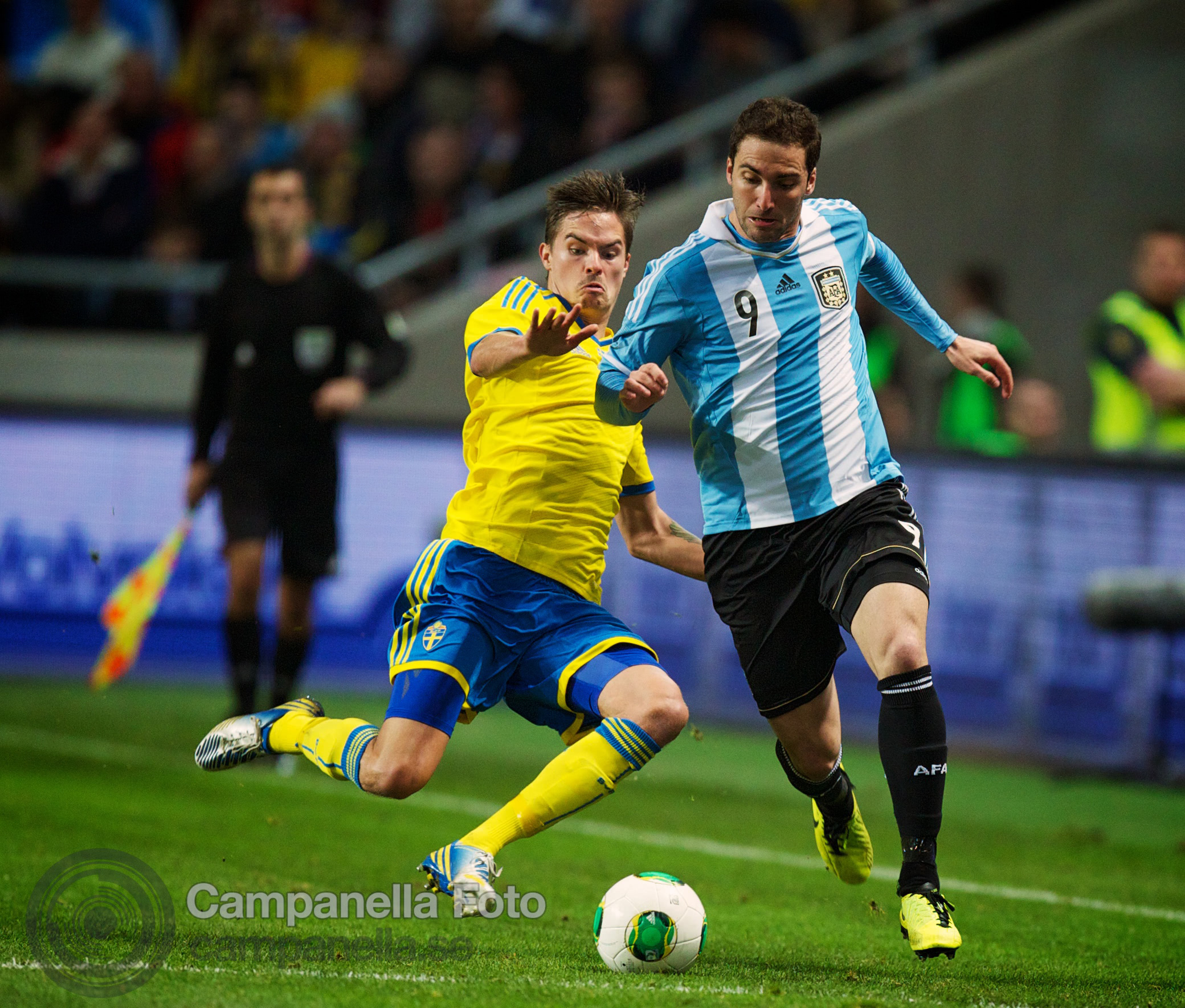Sweden takes on Argentina - 22 of 35