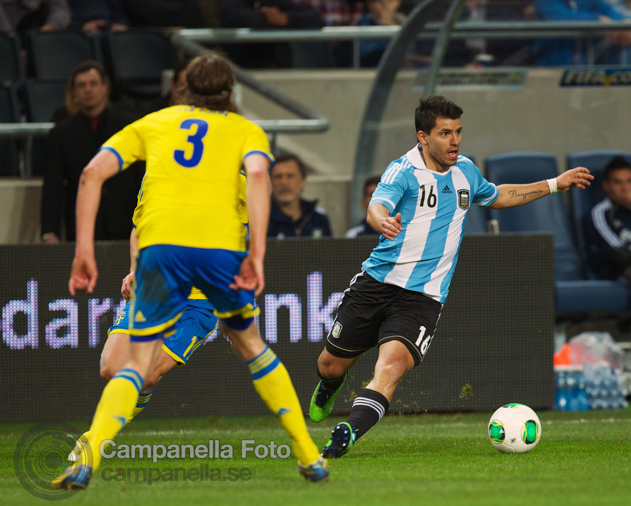 Sweden takes on Argentina - 23 of 35
