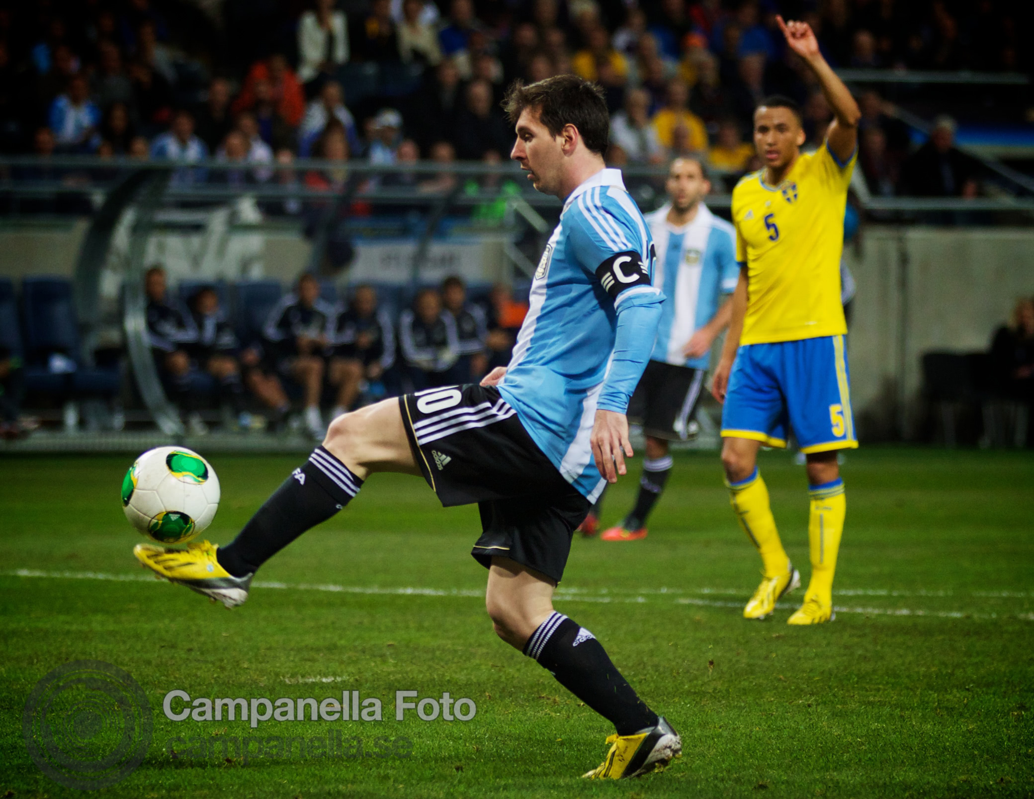 Sweden takes on Argentina - 24 of 35