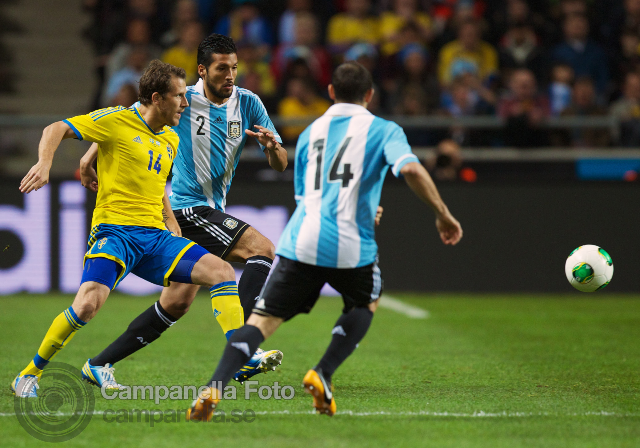 Sweden takes on Argentina - 7 of 35