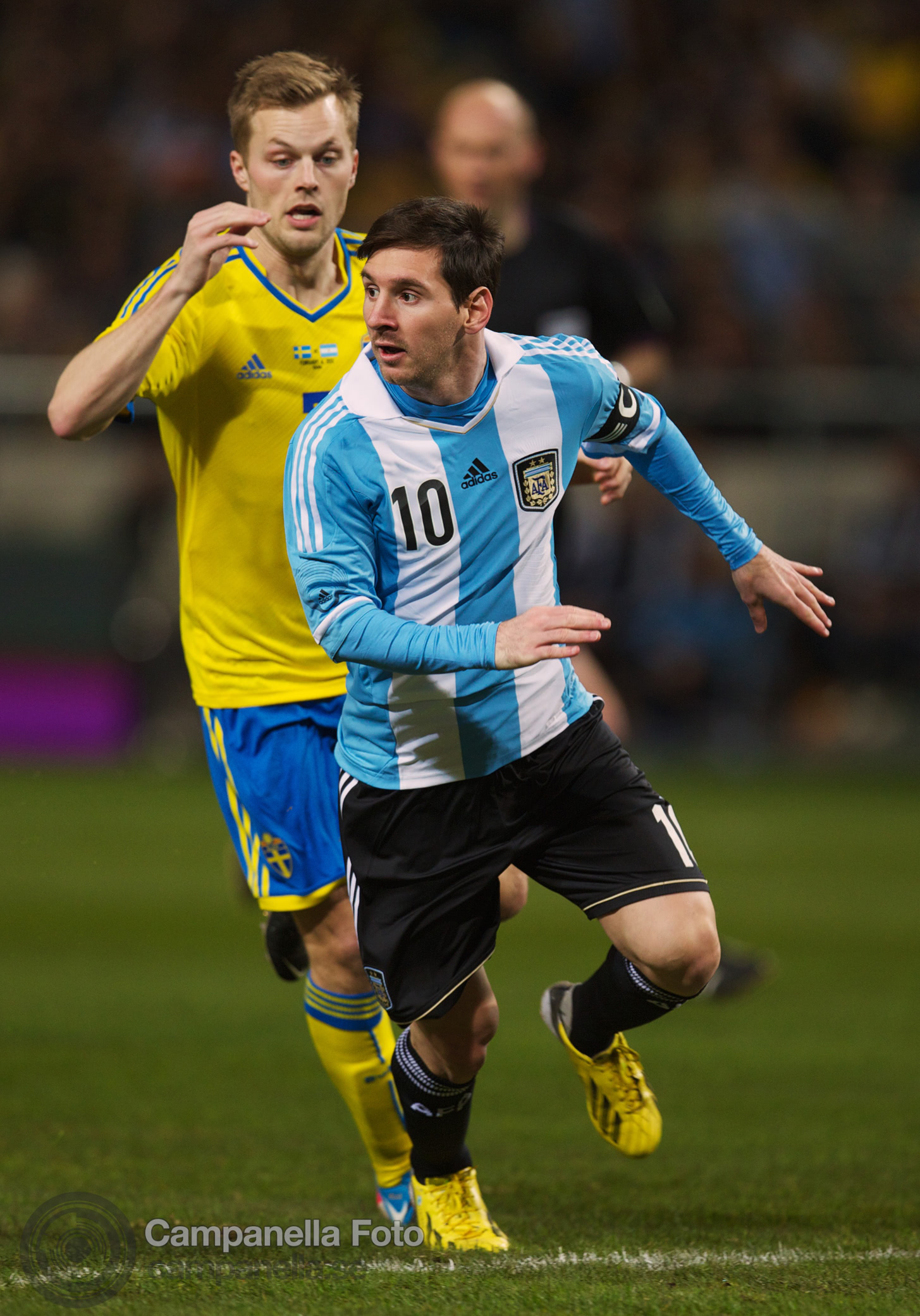 Sweden takes on Argentina - 12 of 35
