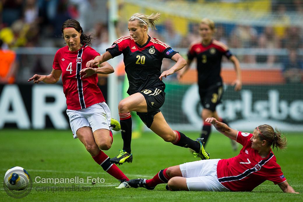 2013-women-euro-11
