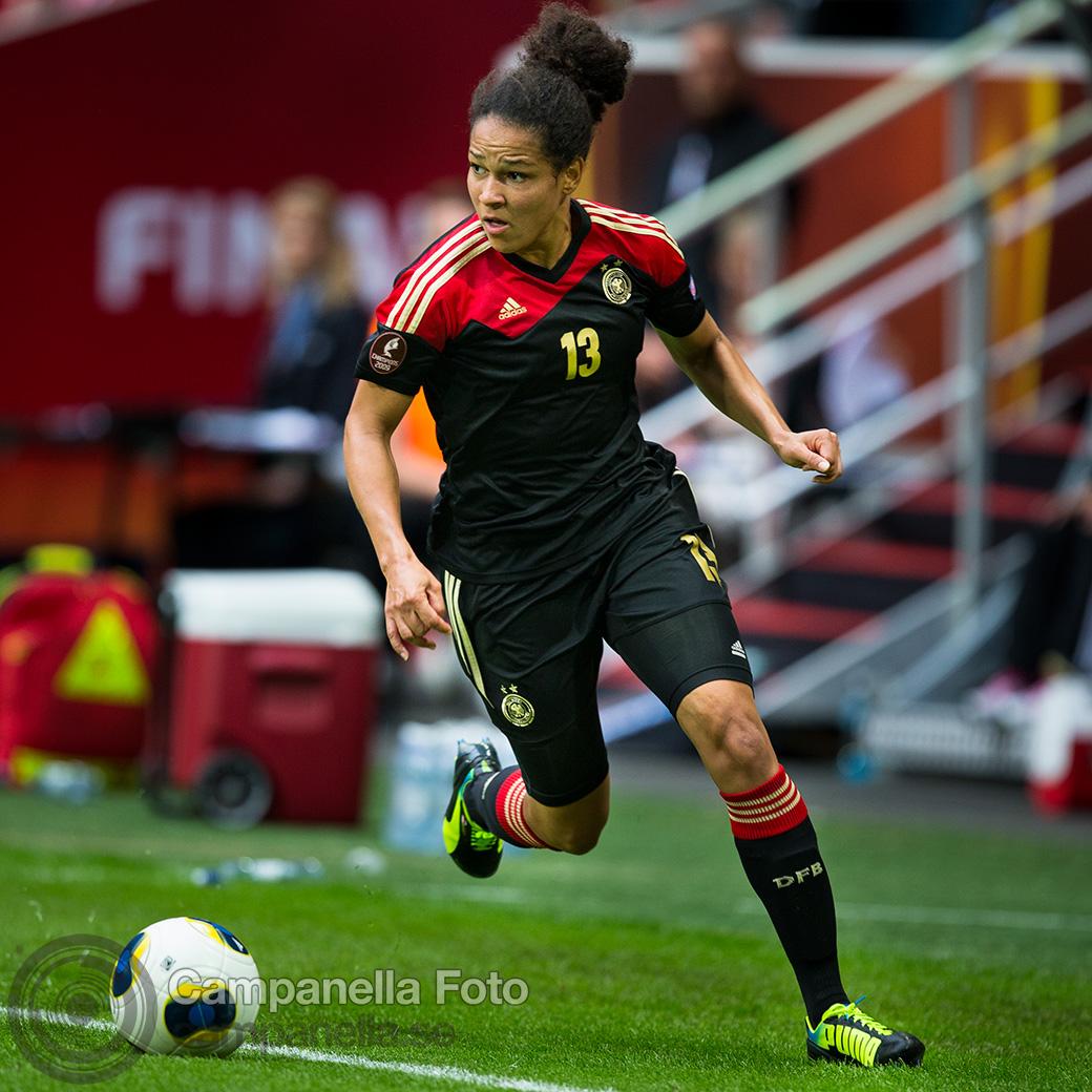 2013-women-euro-12