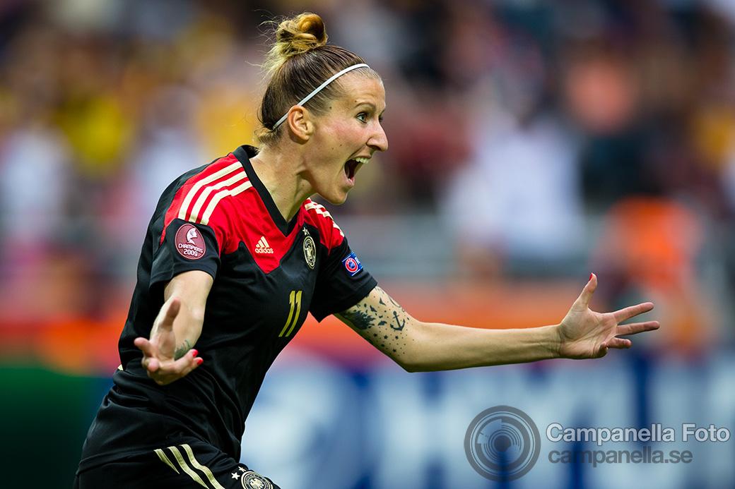 2013-women-euro-8