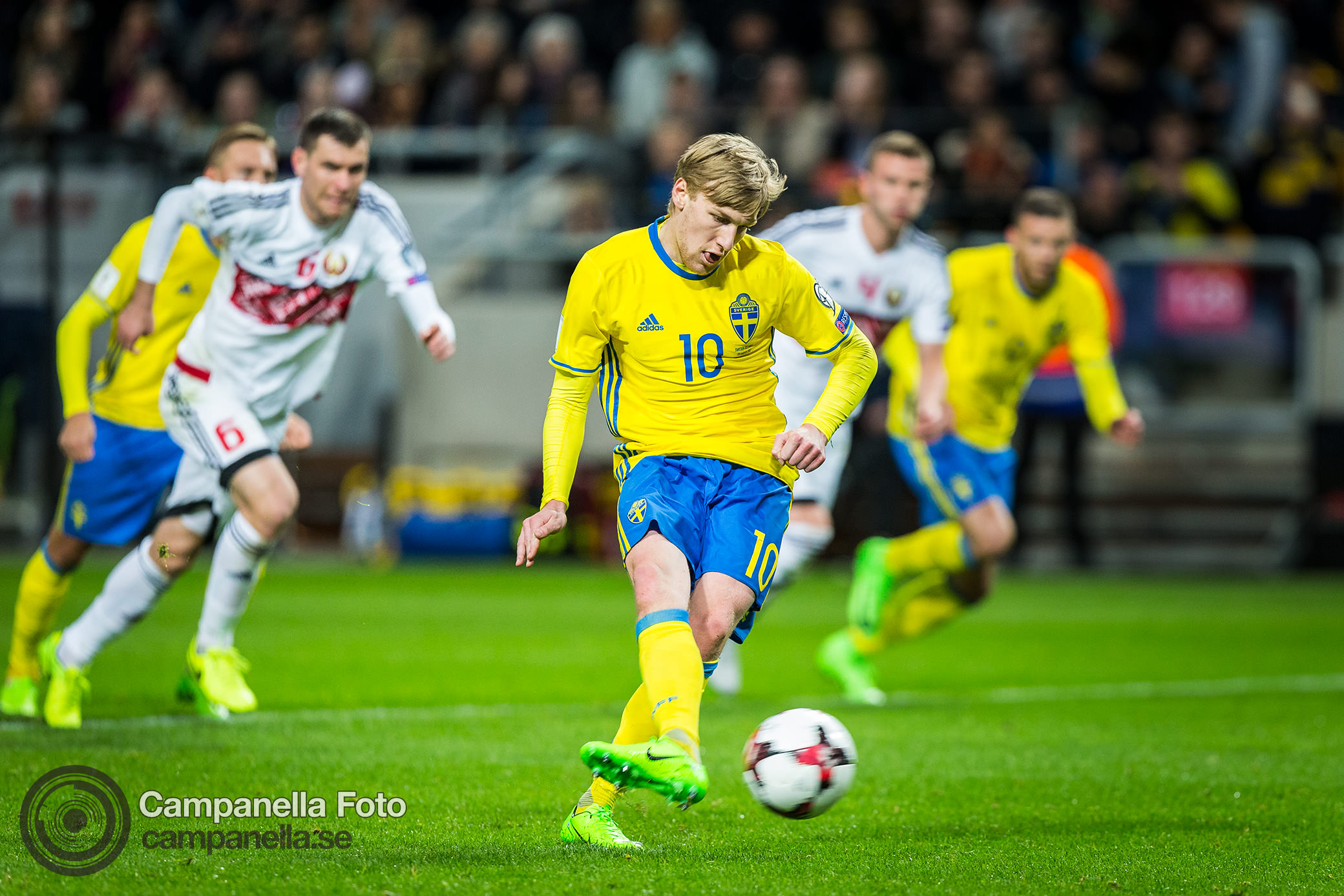 Sweden easily disposes Belarus in 4-0 victory - Michael Campanella Photography
