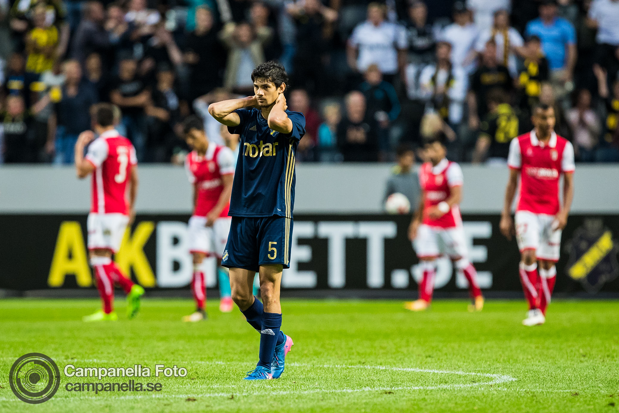Sundgren penalty keeps hope alive for AIK - Michael Campanella Photography