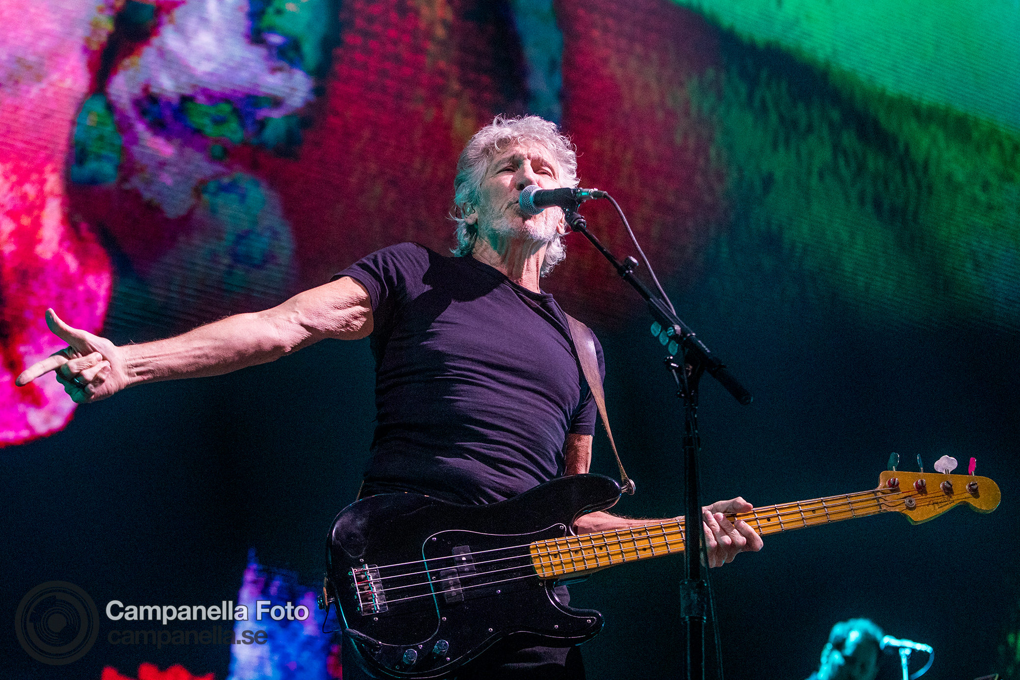 Roger Waters performs in concert - Michael Campanella Photography