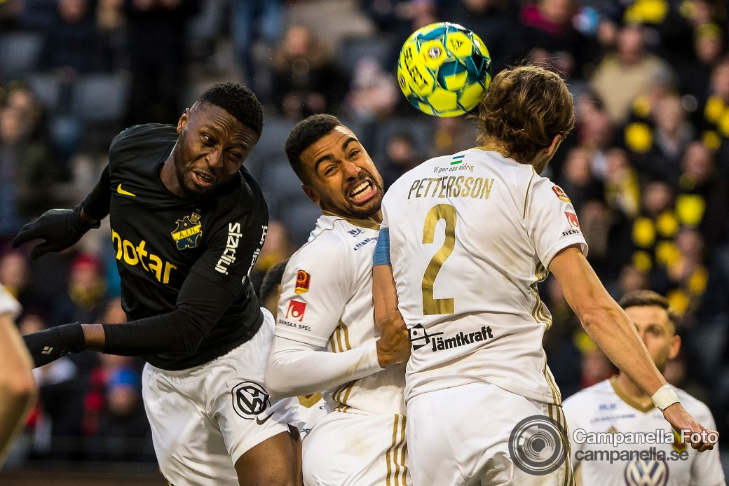 All square between AIK and Östersund - Michael Campanella Photography