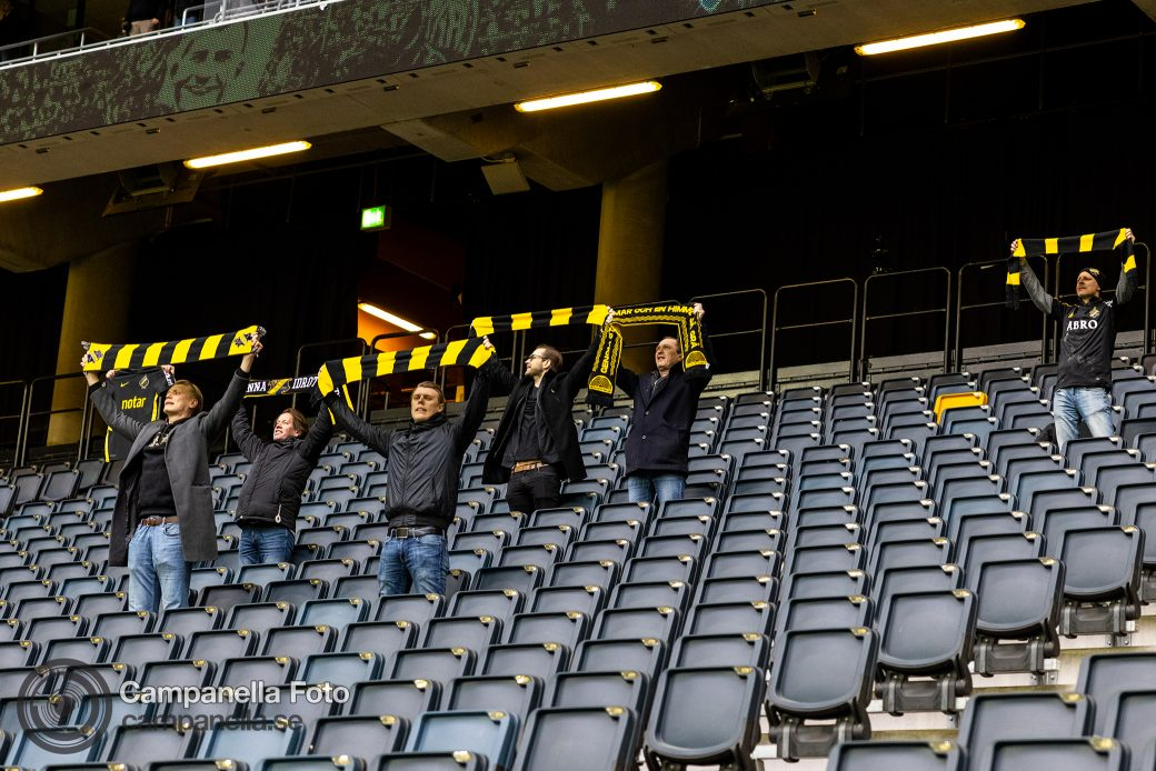 A COVID Football Derby - Michael Campanella Photography
